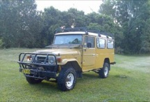 1982 Toyota Land Cruiser HJ47 Troop Carrier